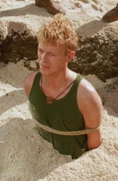 SCREEN-COOK-ISLANDS-DESTINATIONS-RISING-Merry-CHristmas-Mr-LAWRENCE-david bowie